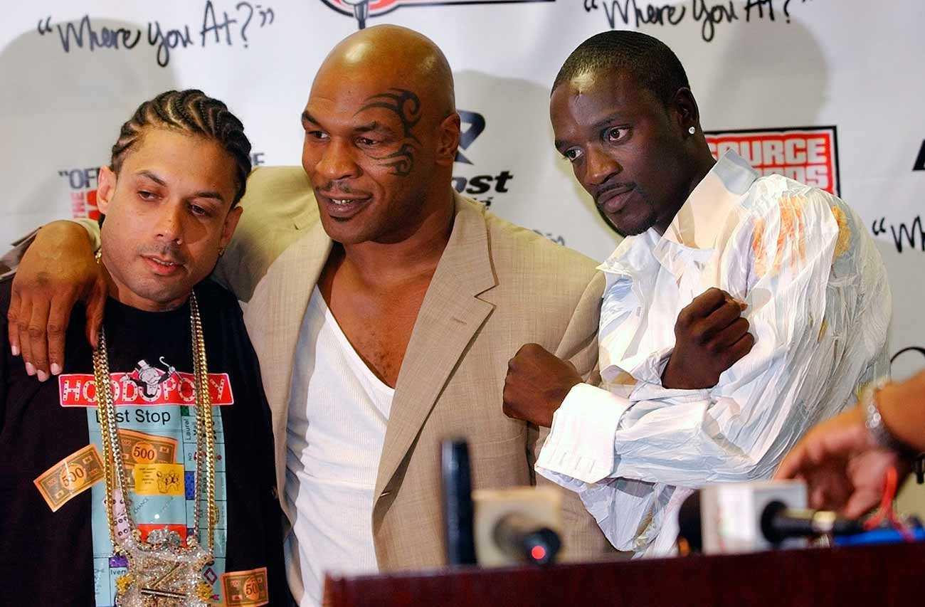 Ray Benzino, Mike Tyson och Akon på Source Hip Hop Awards i Miami.