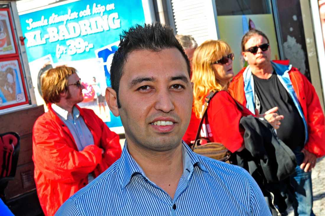 Resenären Hashar Amin.