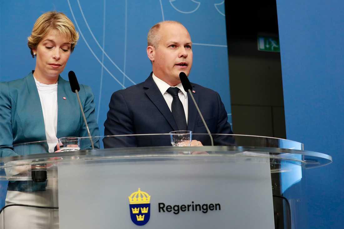 Justitieminister Morgan Johansson övertar Anders Ygemans arbetsuppgifter.