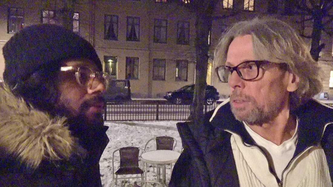 """Dokumentärfilmaren Christoffer Hjalmarsson och hemlöse Anders i SVT:s serie """"36 dagar på gatan""""."""