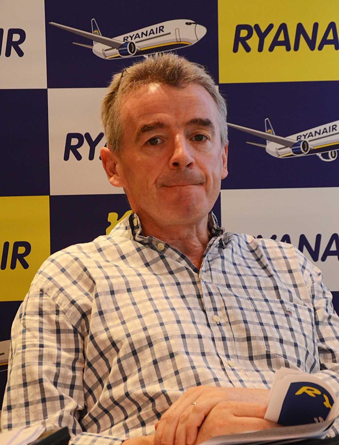 Vill satsa på Sverige, men det är svårt att komma in på svenska flygplatser, tycker Michael O'Leary.
