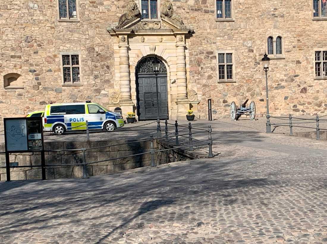 Avspärrat utanför Örebro slott