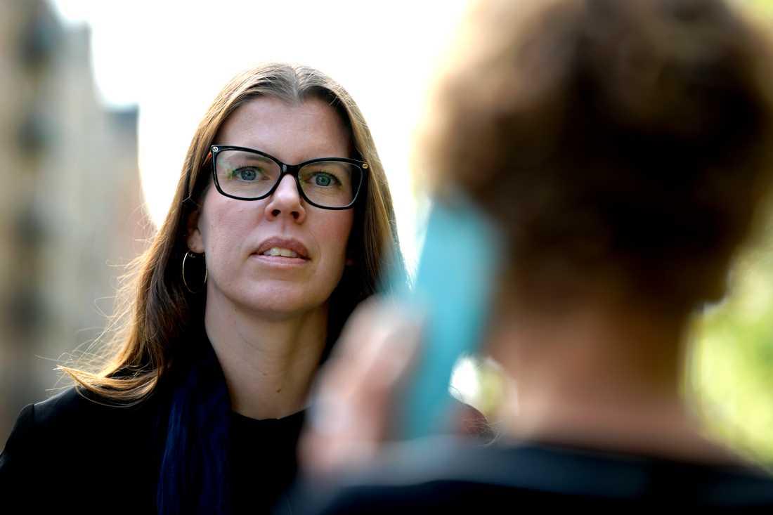 """""""Brottsligheten lämnar ju digitala spår. Uppgifterna kan ge unik information som inte går att ersätta med andra metoder"""", säger Anna Olander Selldén, jurist på polisens Nationella operativa avdelning, om datauppgifter från tele- och internetoperatörer"""