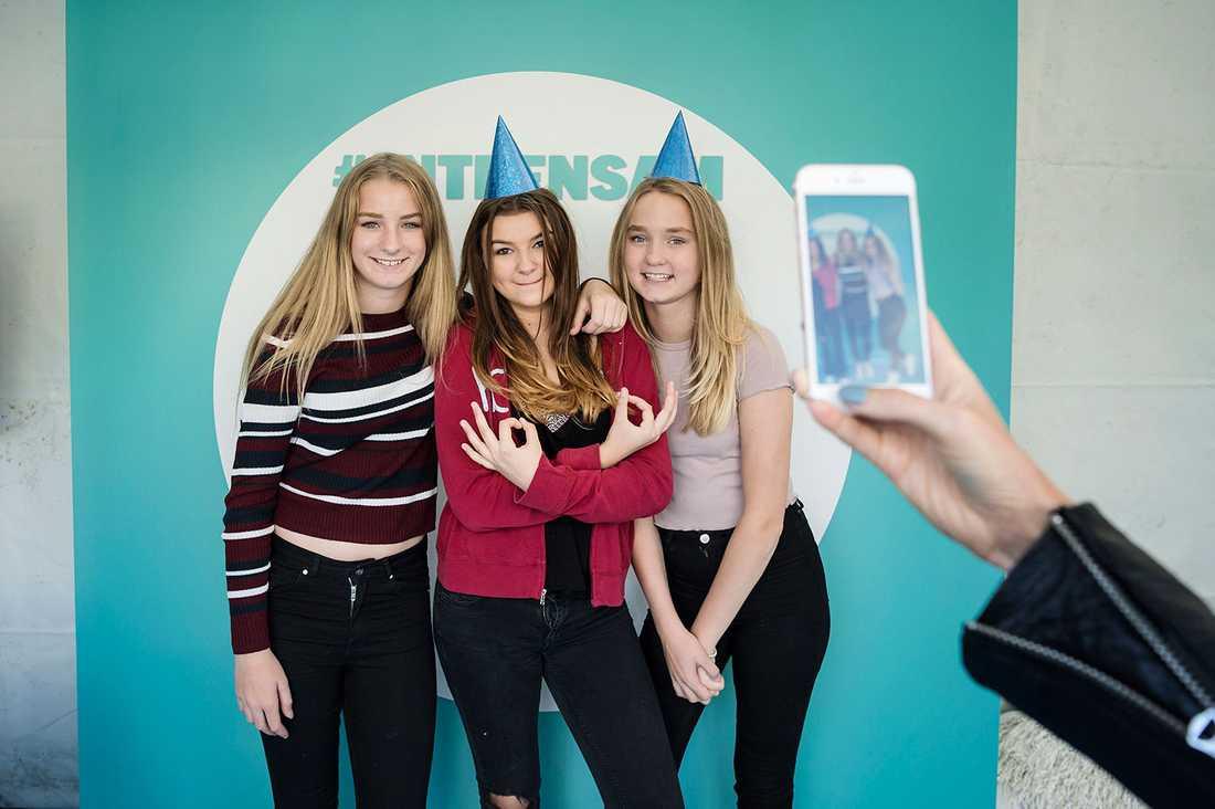 Agnes Bergström Ågren, 13, Luiza Sipko, 13 och Mikaela Bergström Ågren, 13 från Stockholm.