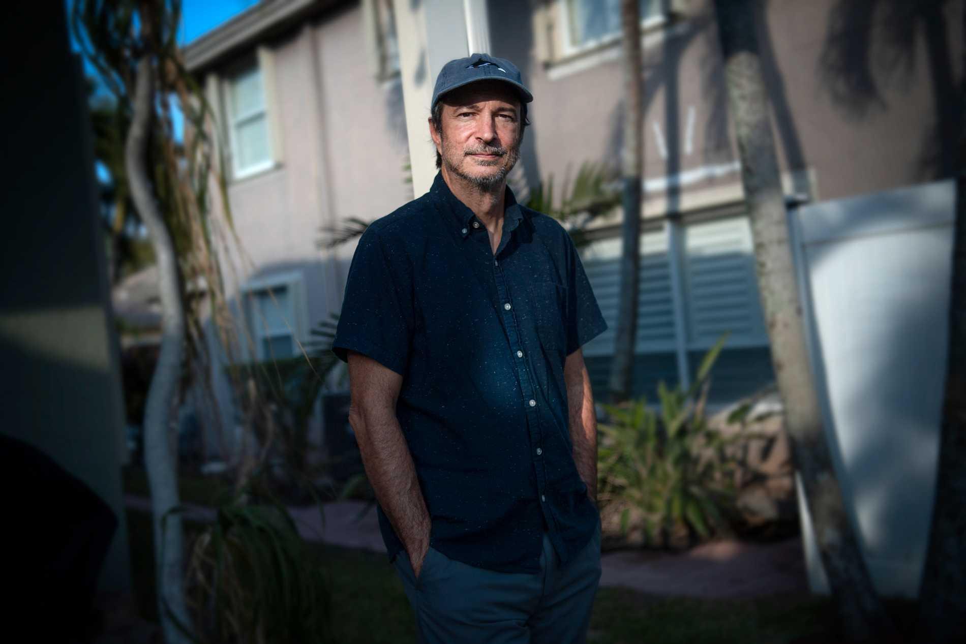 Antonio Fins är reporter på lokaltidningen Palm Beach Post.