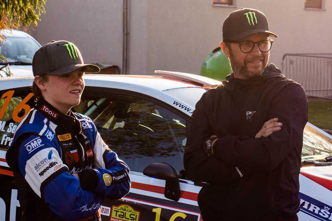 Oliver Solberg inleder sin WRC-karriär när pappa Petter Solberg avslutar sin. I Wales.