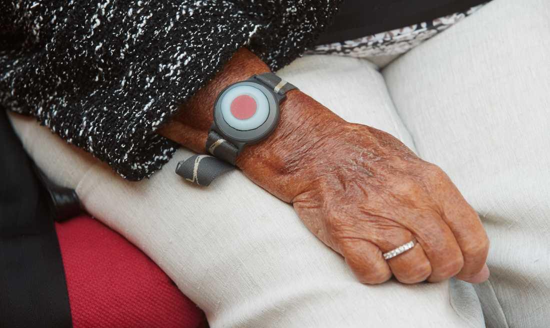Anhöriga anmäler trygghetslarmoperatör efter kvinnas död. Arkivbild.