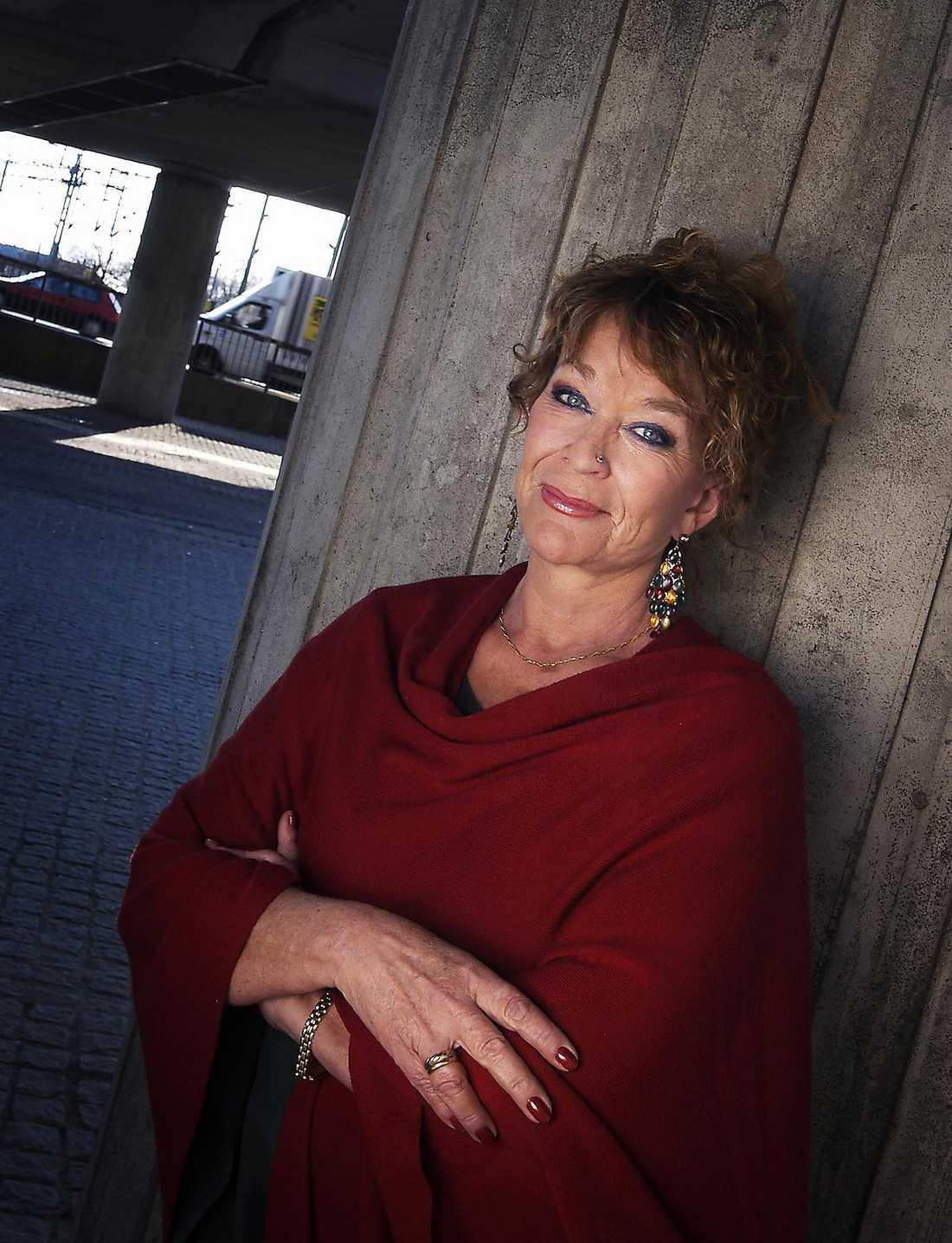 KRITISERAD Anna Wahlgrens metoder för barnuppfostran satte i gång en debatt i Sverige som varat i snart 30 år och som inte verkar dö ut.