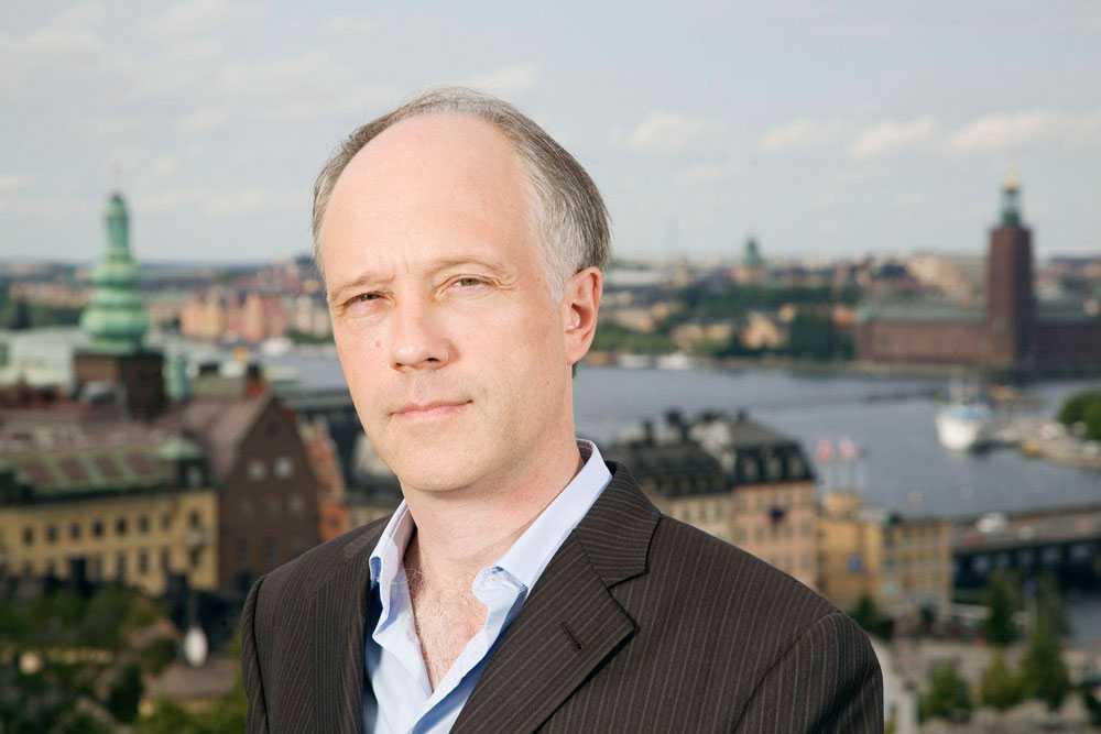 Nils Horner  jobbade på Sveriges radio i flera år, med Asien och Mellanöstern som främsta bevakningsområden.