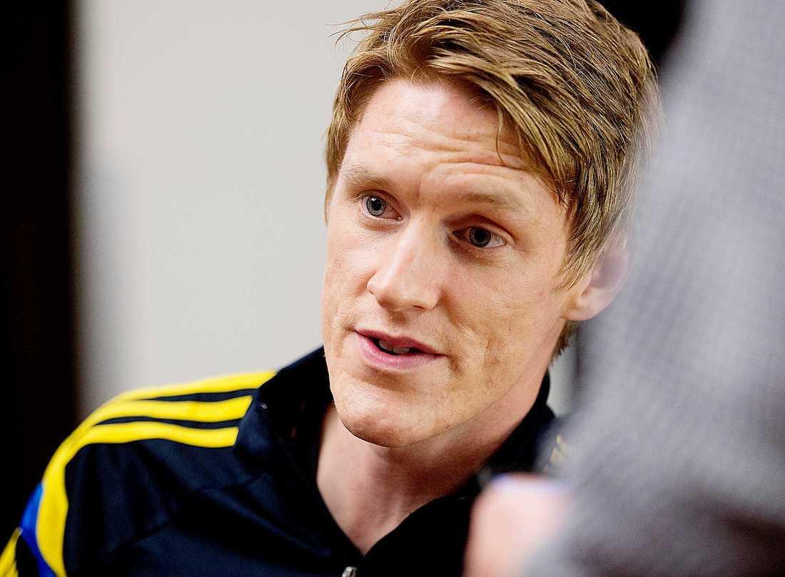 Rasmus Elm var inte med när CSKA Moskva inledde ligaspelet. Han vårdas för magproblem.