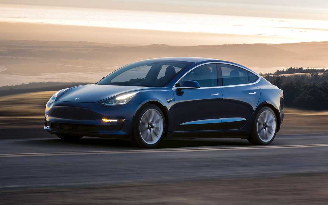 Teslas Model 3 sågas i test.