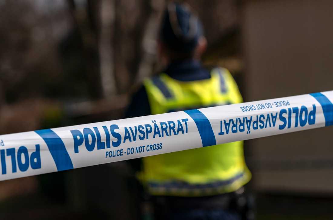 En förundersökning om mord har inletts efter att en död person hittats i en bostad i Solna. Arkivbild.