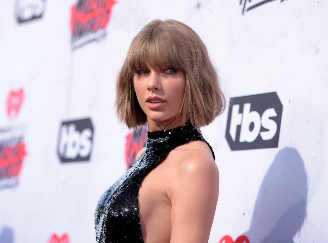 Taylor Swift spelar på Roskildefestivalen när hon kommer till Norden nästa sommar.