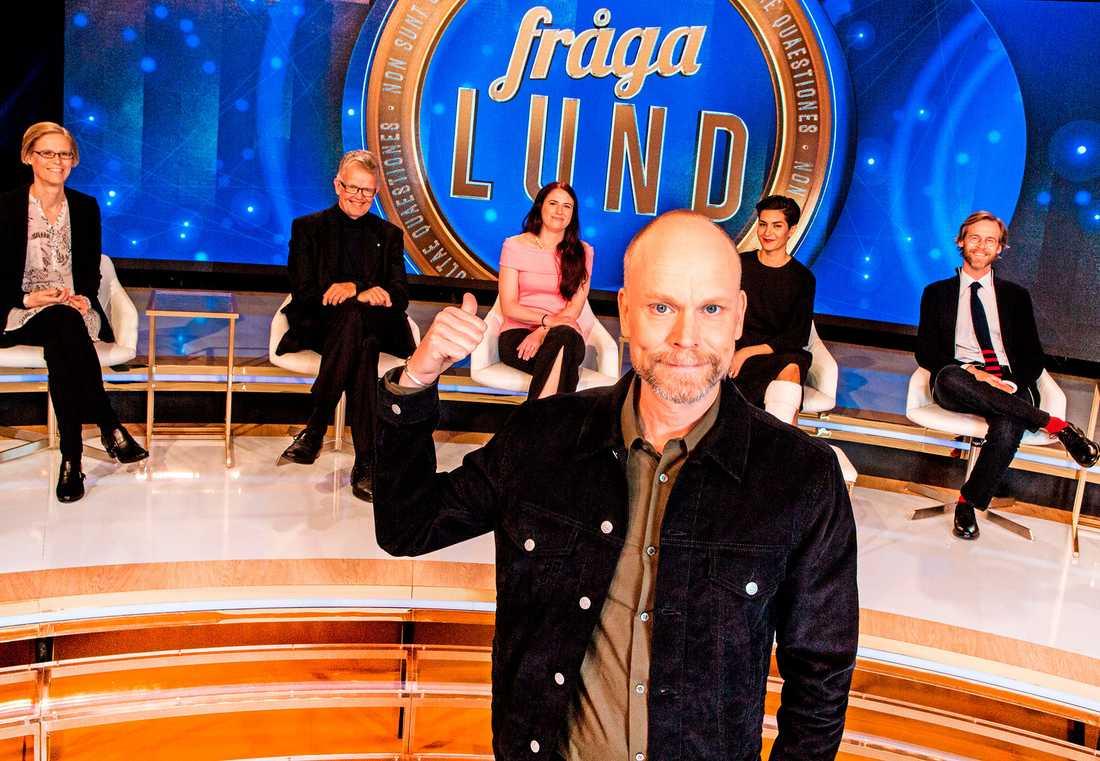 "Kristian Luuk leder ""Fråga Lund"" i SVT."