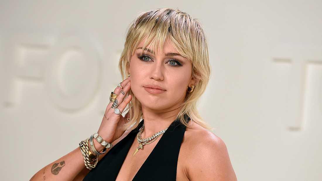 Miley Cyrus .