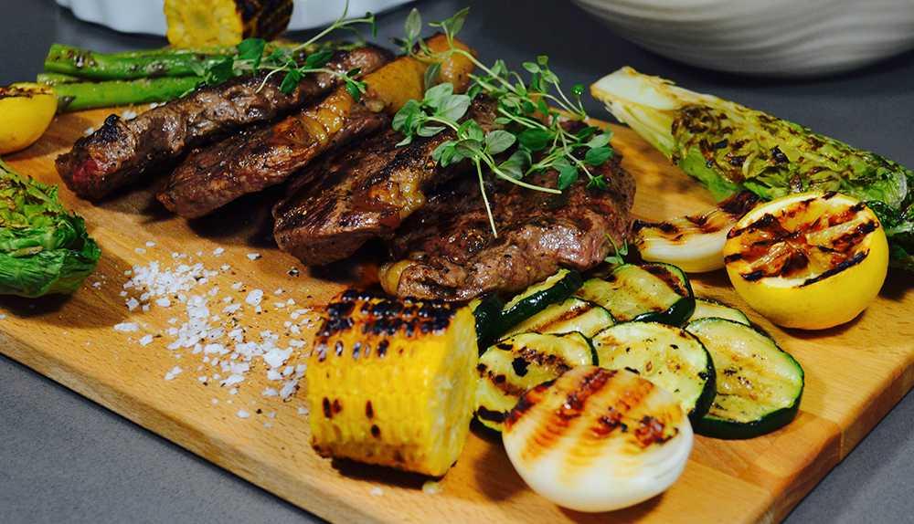 Grillad ryggbiff – med grillade grönsaker