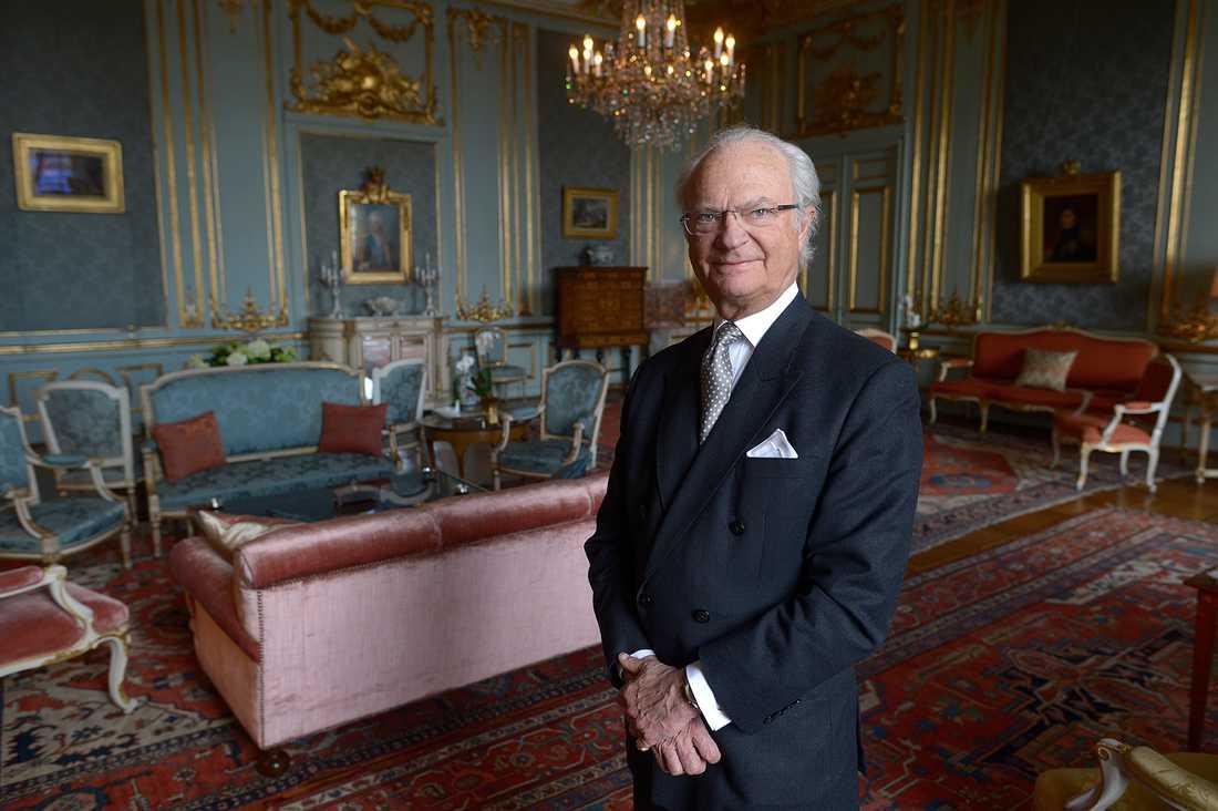 GLAD 70-ÅRING Carl XVI Gustaf fyller 70 år den 30 april. Festveckan börjar redan på måndagkvällen.