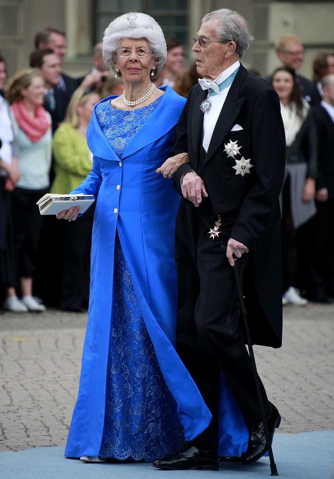 Kungen farbror Carl Johan Bernadotte och hans fru Gunnila.
