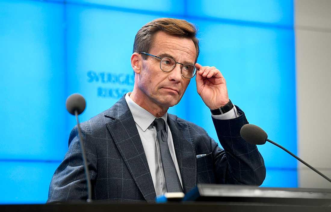 Ulf Kristerssons besked att han tänker gå vidare med en alliansregering utan stöd från S sätter press på L och C, enligt Allianskällor.
