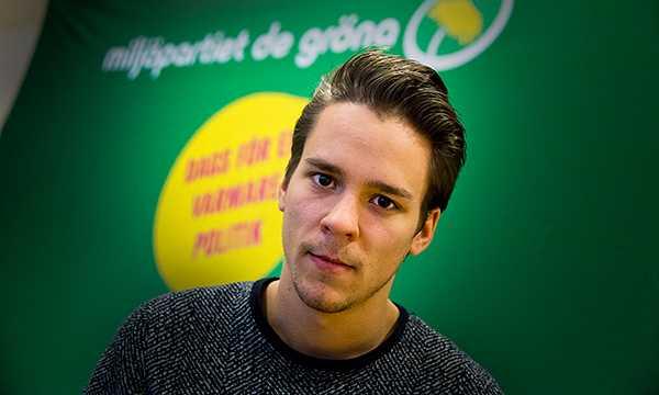 Lorentz Tovatt, språkrör för Grön ungdom.