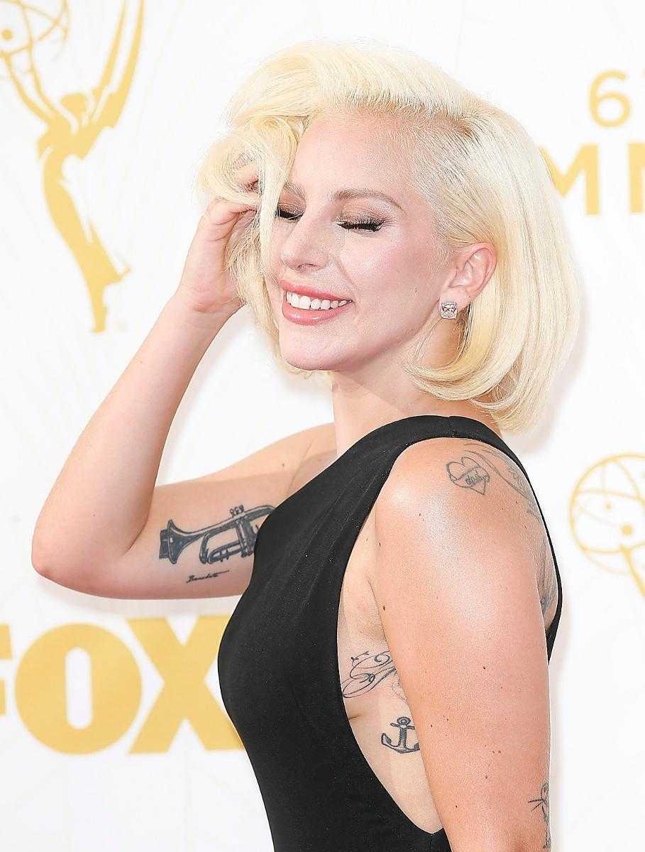 Lady Gaga är på plats.