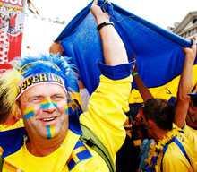 Heja Sverige Festen har i allra högsta grad börjat i Innsbruck.