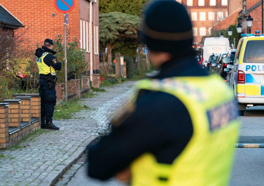 Natten till den 3 november hittades en knivhuggen 17-åring utomhus i Malmö. Han avled till följd av skadorna. Arkivbild.