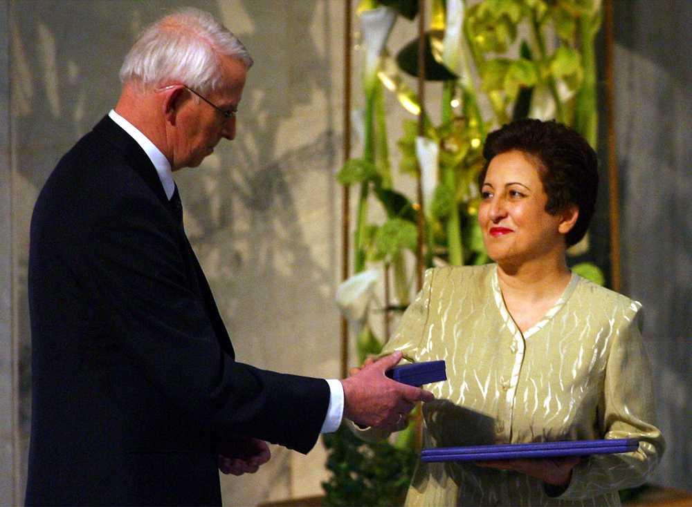 2003 gick fredspriset till Shirin Ebadi, Iran, för arbetet med demokrati och mänskliga rättigheter, i synnerhet för barn och kvinnor. Med fokus på Iran.