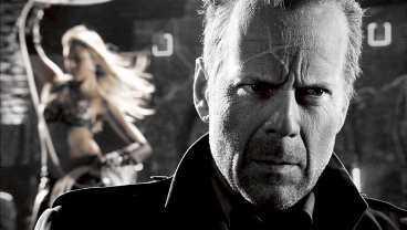 """Bruce Willis och Jessica Alba i """"Sin City""""."""