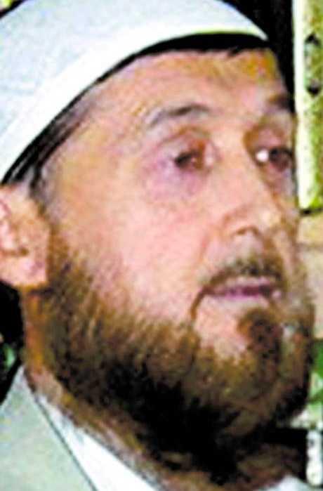 FICK LIVSHOTANDE SKADOR. Obidkhon Sobitkhony bor med sin familj i Strömsund. 1999 efterlystes han av Interpol misstänkt för vapenbrott och terrorism. Sobitkhony nekade till alla brottsmisstankar och efterlysningen hävdes senare.