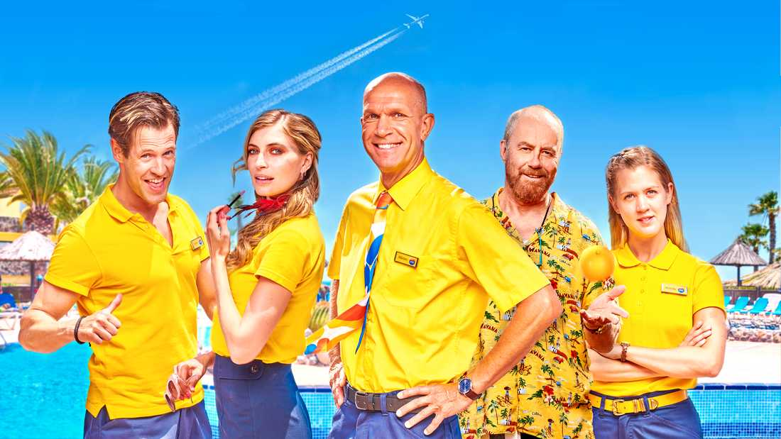 """Richard Ulfsäter, Cecilia Forss, Henrik Hjelt, Lennart Jähkel och Malin Persson i """"Playa del Sol""""."""