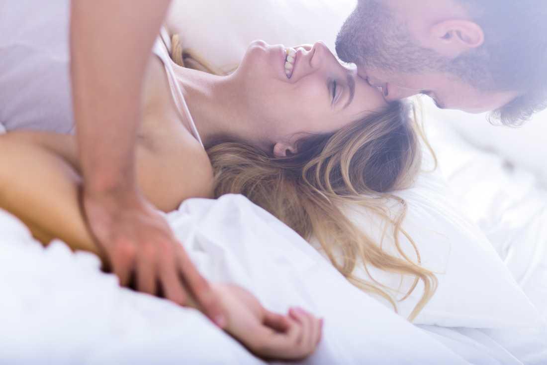 Kvinnor är mer nöjda med sex - och män vill ha mer.Det visar Aftonbladet/Inizios unika kartläggning av svenskarnas sexliv.