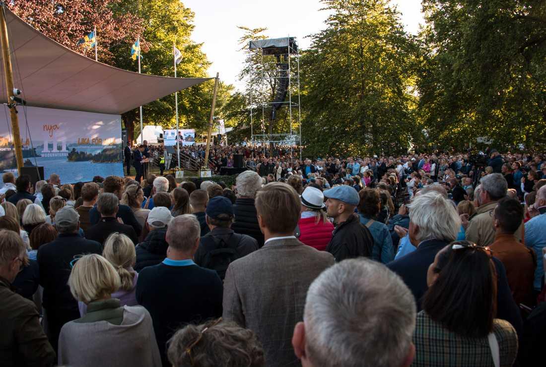 Ulf Kristersson var den första partiledaren ut att hålla tal under Almedalsveckan.