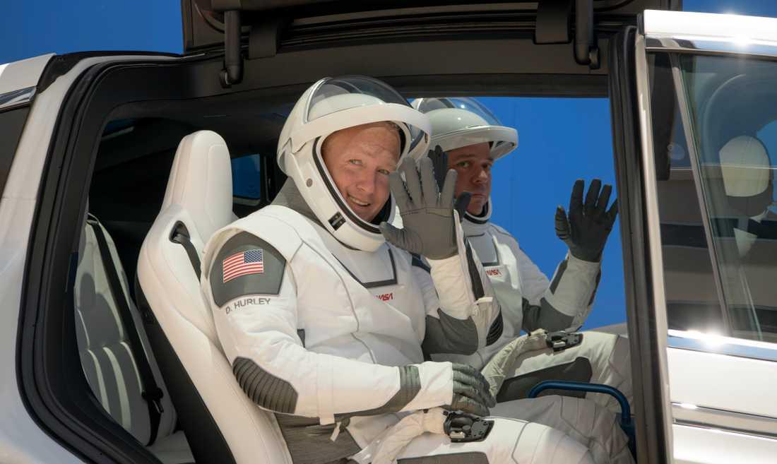 Astronauterna Bob Behnken, 49, och Doug Hurley, 53