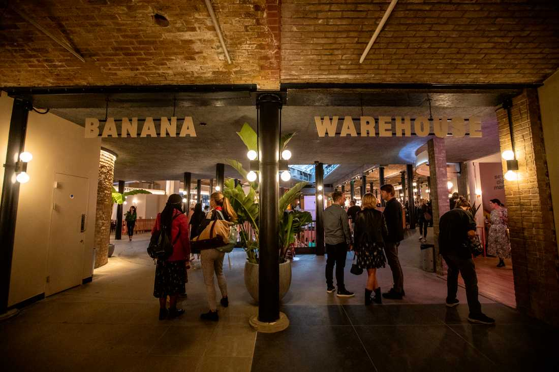 Banana warehouse är den största delen av marknaden.