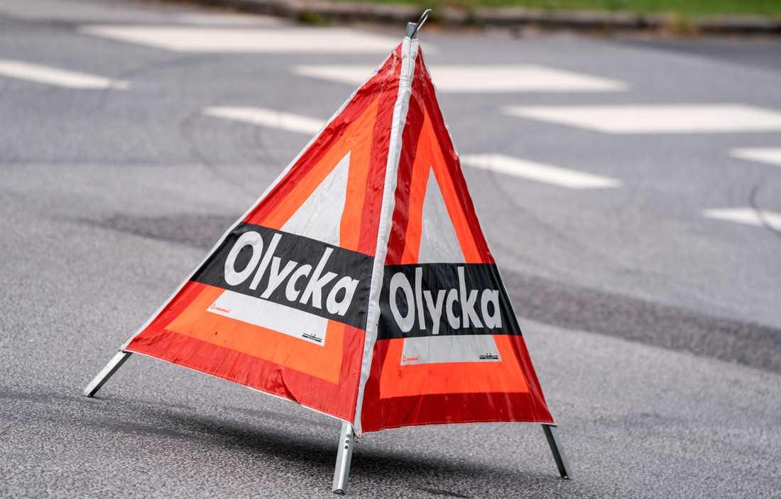 En man har omkommit i en arbetsplatsolycka på en lantgård utanför Tillberga. Arkivbild