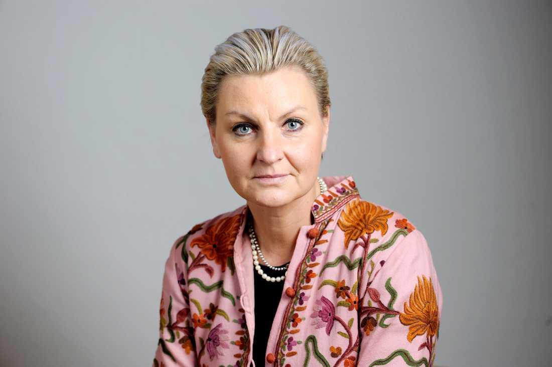 Maria Abrahamsson (M).