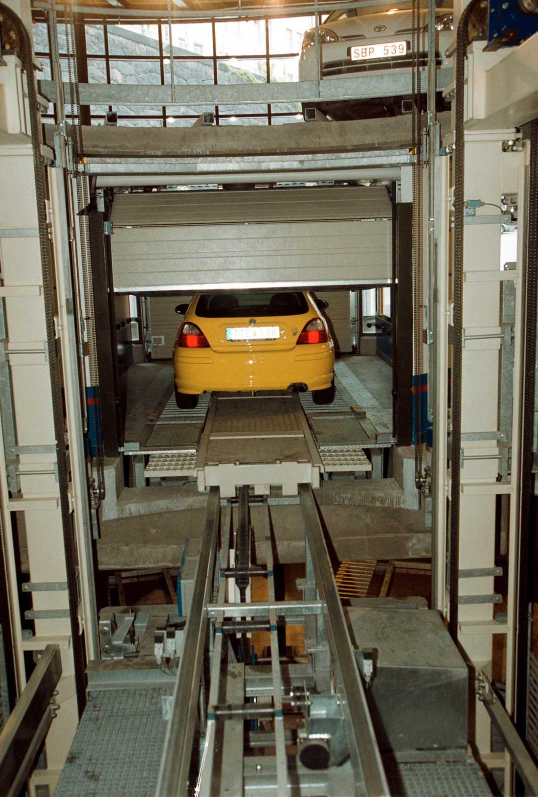 P-snurran var Sveriges första och enda helautomatiska garage.