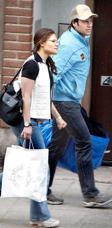 gym-kungen Tack vare förhållandet med kronprinsessan Victoria är Daniel Westling kung i Stockholms gymvärld.