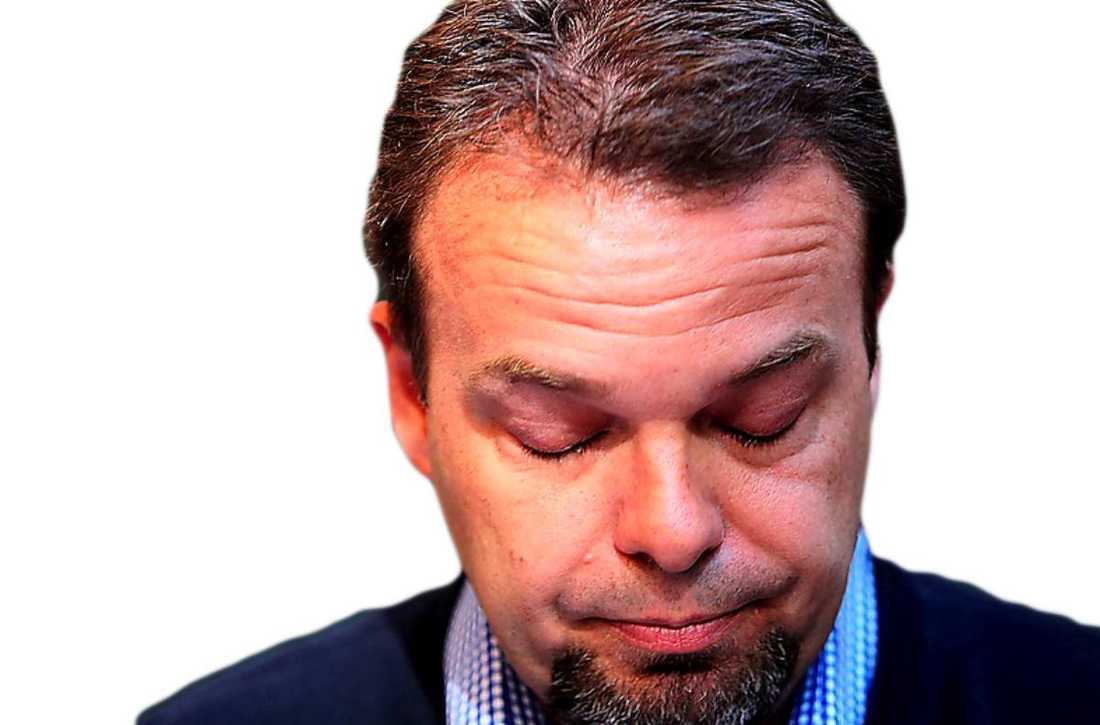 2010: Arbetsmarknadsminister Sven Otto Littorin avgår under stort tumult i Almedalen.