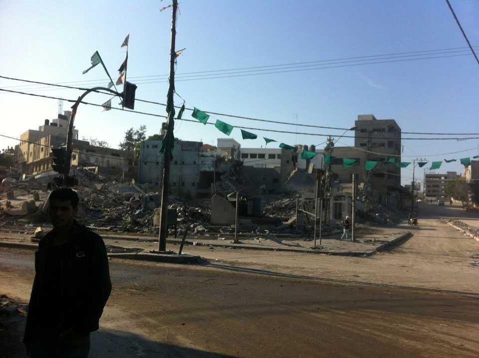 Ett totalförstört hus i samma kvarter som Ayman El-Khoulis i Gaza city.