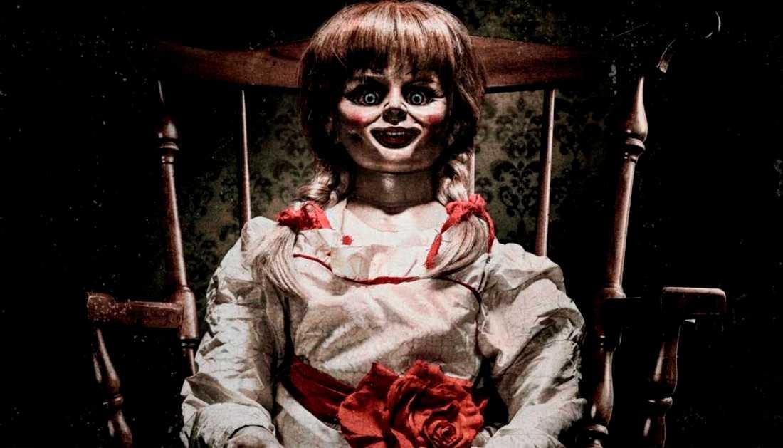 """Bild från filmen """"Annabelle""""."""