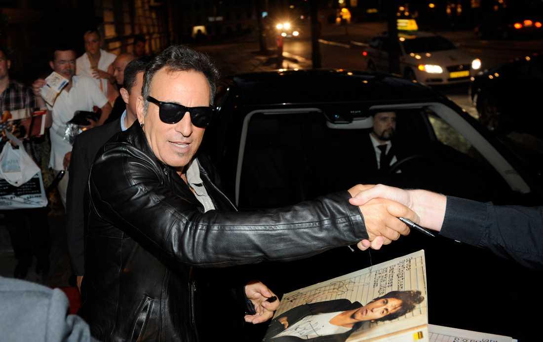 Bruce Springsteen återvänder till hotellet  Elite Plaza.
