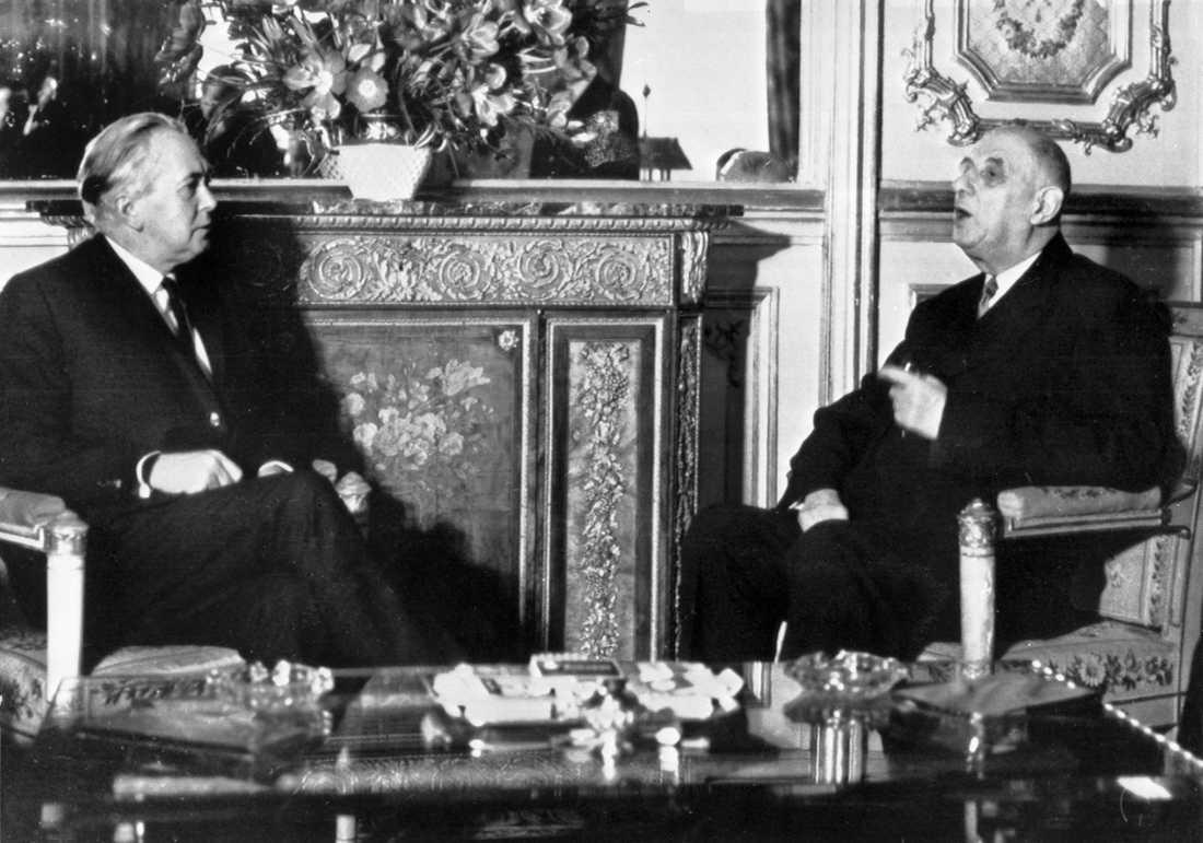 Storbritanniens premiärminister Harold Wilson och Frankrikes president Charles de Gaulle i ett möte 1967. De Gaulle sade länge nej till brittiskt medlemskap i dåvarande EG.