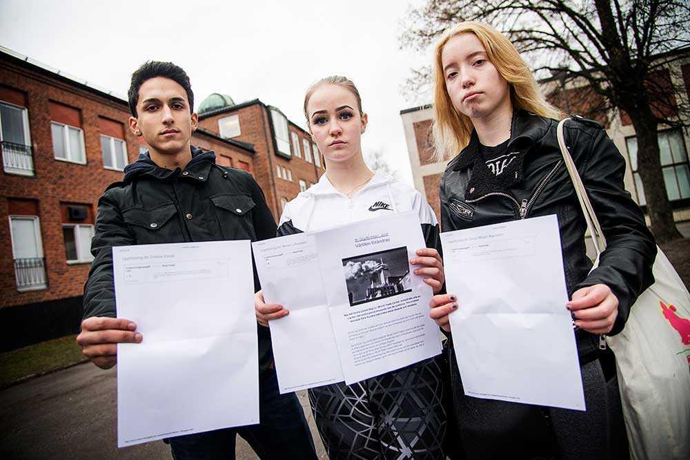 Emilios Kousis, Mimmi Lifvendahl och Felicia Pålsson Magnusson lämnade in samma uppsats och fick tre olika betyg.