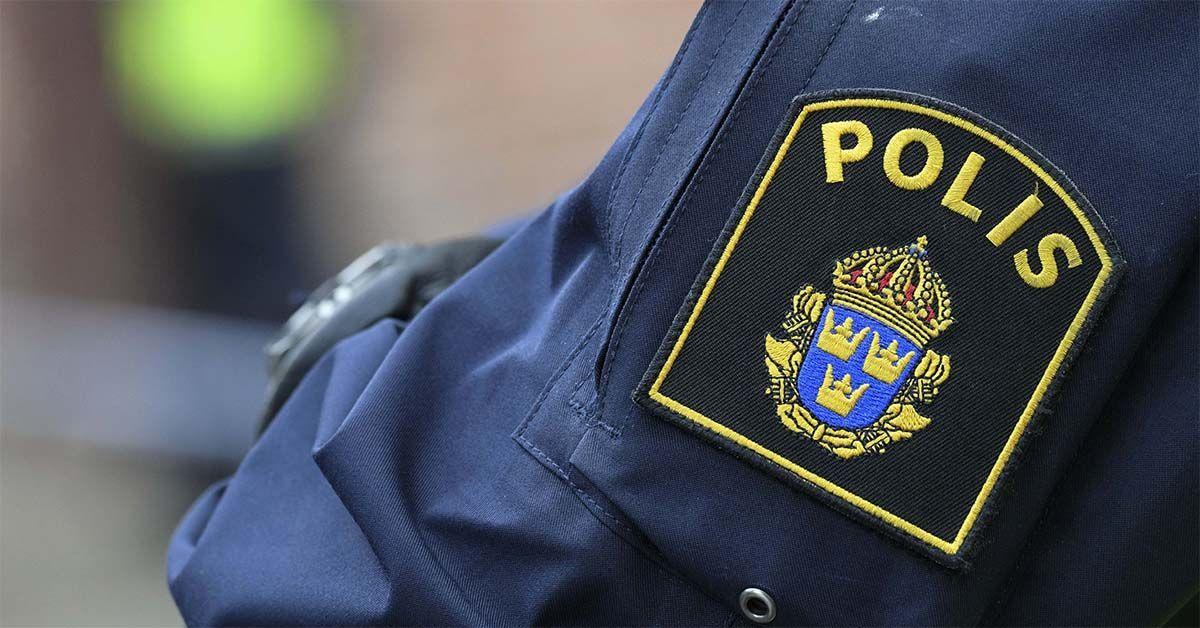 Ung man död efter skottlossning i Stockholm