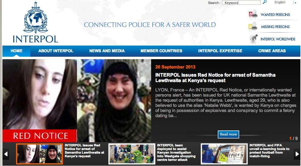 """Faksimil från Interpols hemsida med """"Vita änkans"""" efterlysning."""