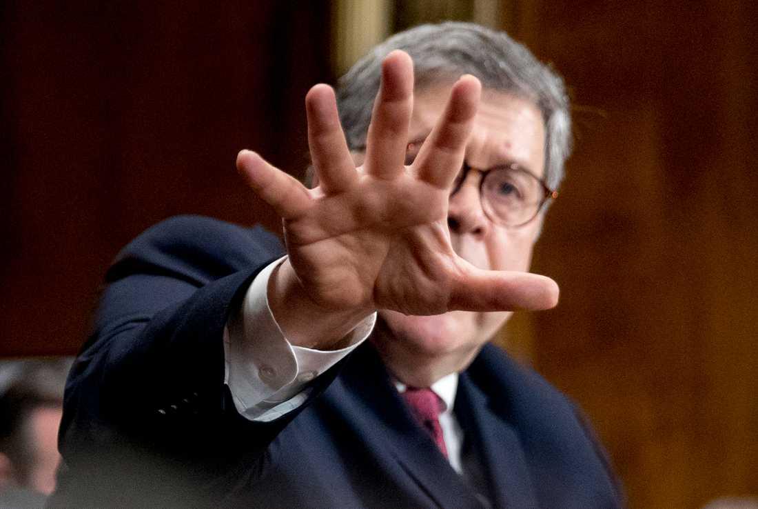 USA:s justitieminister William Barr inför senatens justitieutskott under onsdagen.