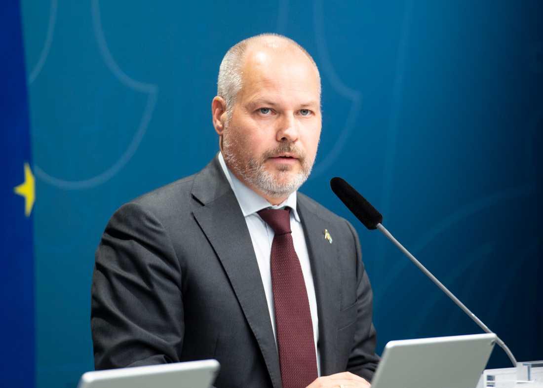 Justitie- och migrationsminister Morgan Johansson (S) vill återinföra ett snabbspår för asylsökande från länder med liten chans att få stanna. Arkivbild.