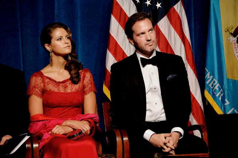 MINDRE KUNGLIGT BLOD På sikt kan bröllopet mellan prinsessan Madeleine och Chris O'Neill sänka monarkin, skriver Herman Lindqvist.